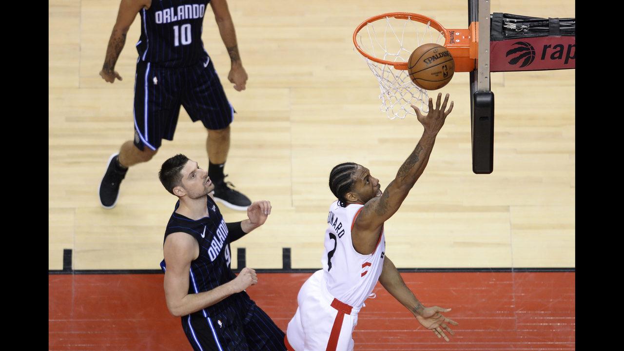 05ecce13964 Leonard scores 37, Lowry has 22 as Raptors rout Magic 111-82 | WSOC-TV