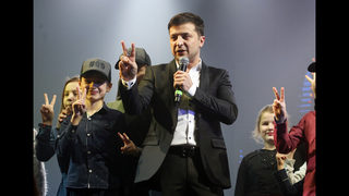 Ukraine election: The president vs. guy who plays one on TV