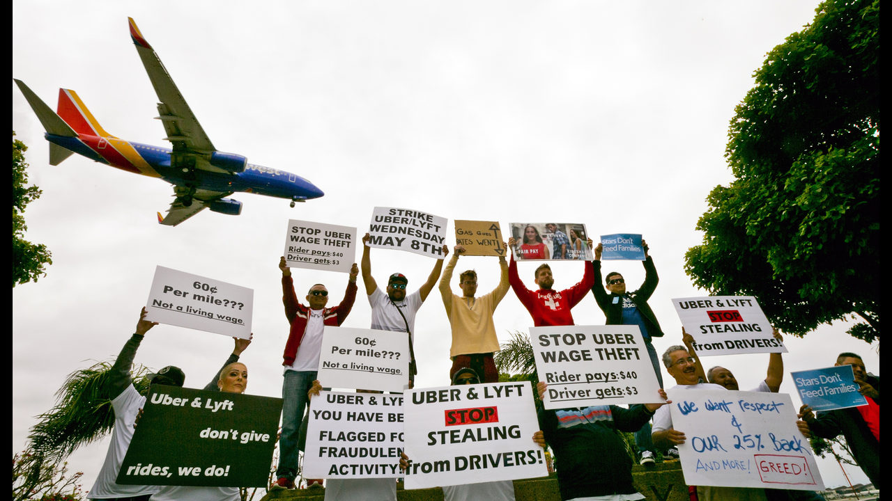 Uber, Lyft driver strike latest move to organize gig workers