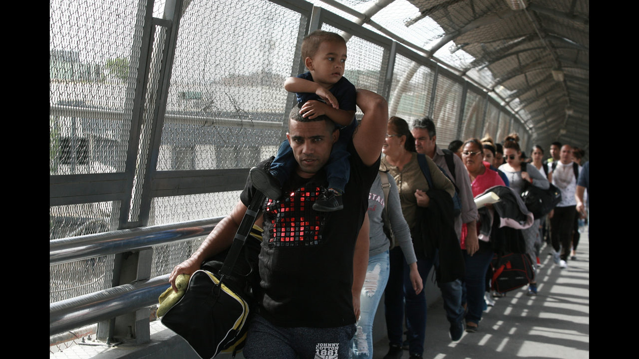 Burgeoning numbers of Cubans trying to enter US via Mexico | WSOC-TV