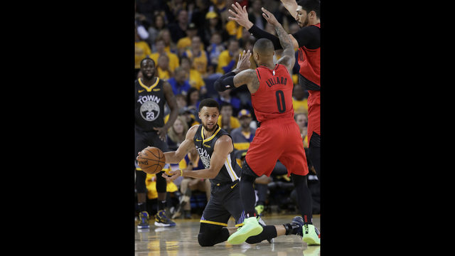 d0c0dade406d Golden State Warriors guard Stephen Curry
