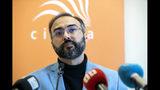 El activista árabe Iyad el-Baghdadi en conferencia de prensa en Oslo, Noruega, el 13 de mayo del 2019.. (Ryan Kelly/NTB Scanpix via AP)
