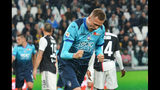 Josip Ilicic del Atalanta celebra tras anotar un gol durante el partido de la Serie A italiana contra la Juventus, en Turín, Italia, el domingo 19 de mayo de 2019. (Alessandro Di Marco/ANSA vía AP)