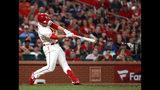 Jedd Gyorko de los Cardenales de San Luis batea un jonrón de tres carreras en el octavo inning ante los Bravos de Atlanta, el sábado 25 de mayo de 2019. (AP Foto/Jeff Roberson)