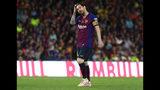 El delantero argentino Lionel Messi reacciona durante la final de la Copa del Rey ante el Valencia, el sábado 25 de mayo de 2019. (AP Foto/Miguel Morenatti)