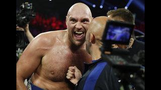 Tyson Fury stays unbeaten, stops Tom Schwarz late 2nd round
