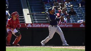 Yankees get slugger Encarnación in trade with Mariners