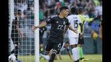El defensor mexicano Jorge Sánchez (22) celebra su gol contra Cuba en la primera mitad de su partido de la Copa de Oro contra Cuba en Pasadena, California, el sábado 15 de junio de 2019. (AP Foto/Ringo H.W. Chiu)