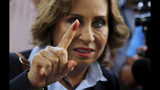 Ex-first lady leads Guatemalan president vote, runoff likely