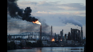 Explosions, fire rock US oil refinery; gas prices could rise