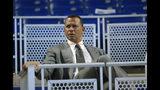 En esta foto del 23 de junio del 2017, el expelotero Alex Rodríguez previo a un partido de béisbol en Miami. (AP Foto/Wilfredo Lee, Archivo)