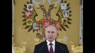 Putin sees common aims, pushing Trump on arms pact at G-20