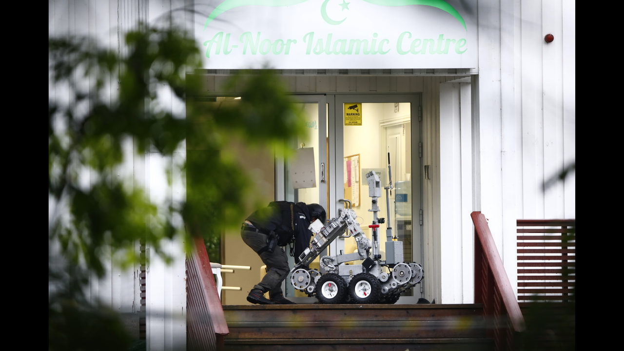 Norwegian police say mosque shooting is a terror attempt   www