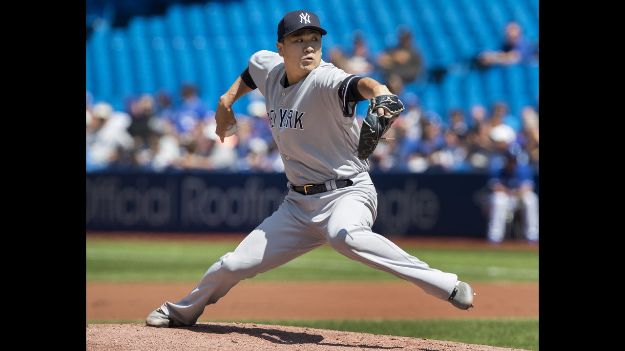 Tanaka deals, Chapman gets Guerrero as Yanks top Jays 1-0 | WJAX-TV