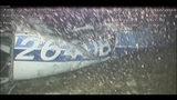 En esta imagen divulgada el 4 de febrero de 2019, por la Agencia Británica Investigadora de Accidentes Aéreos (AAIB), se muestra el costado izquierdo del fuselaje de la avioneta que trasladaba al futbolista argentino Emiliano Sala, el 21 de enero de 2019. La agencia informó el miércoles 14 de agosto de 2019 que las pruebas de toxicología encontraron que Sala y su piloto estuvieron a niveles peligrosos de monóxido de carbono dentro de la avioneta que se estrelló sobre el Canal de la Mancha, matándoles. (AAIB File vía AP)
