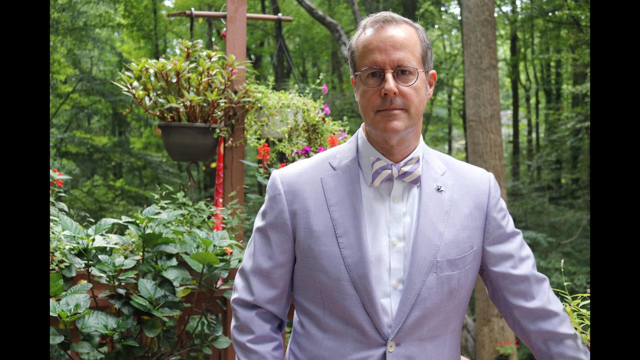 Naval Academy professor returns, but not to class | WPXI