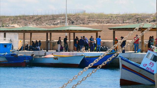 The Latest: 635 migrants from Lesbos reach Greek mainland - KOKI FOX 23