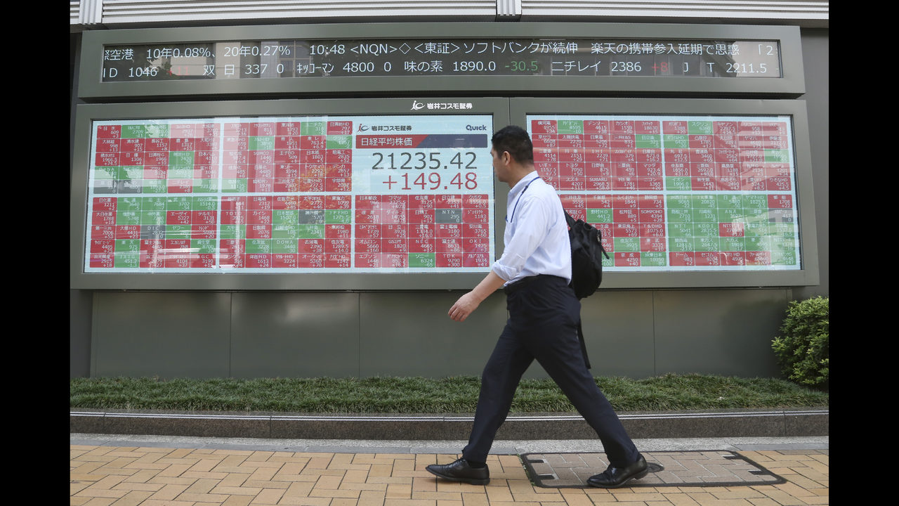 Asian shares rise on optimism over more US-China trade talks