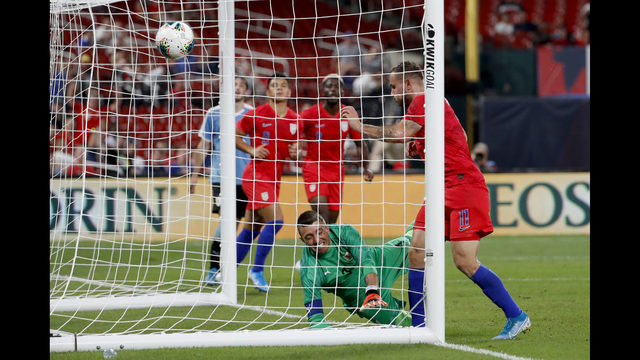 Morris' late goal gives US 1-1 exhibition draw vs Uruguay