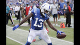 El wide receiver de los Colts de Indianápolis T.Y. Hilton celebra su touchdown en la segunda mitad del juego ante los Titans de Tennessee el domingo 15 de septiembre de 2019, en Nashville, Tennessee. (AP Foto/James Kenney)