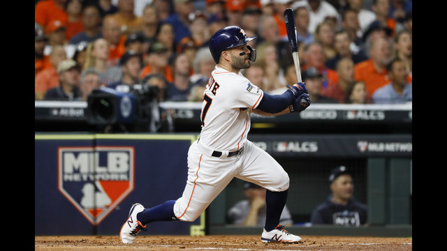 Altuve`s HR in 9th sends Astros to World Series over Yankees