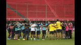 Los jugadores del Independiente del Valle de Ecuador previo a un entrenamiento en Asunción, Paraguay, el jueves 7 de noviembre de 2019. Independiente del Valle enfrentará a Colón el sábado en la final de la Copa Sudamericana. (AP Foto/Jorge Saenz)