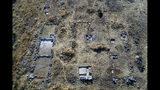Foto aérea de los edificios de la antigua ciudadela de Gla, Grecia, que están siendo excavados. Foto del 5 de octubre del 2019 distribuida por el ministerio de cultura griego el 5 de octubre del 2019. (Ministerio de Cultura griego vía AP)