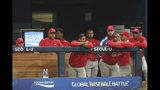 Los jugadores de Cuba reaccionan en la cueva tras perder 7-0 ante el anfitrión Corea del Sur en el torneo Preolímpico de béisbol, en Seúl, el viernes 8 de noviembre de 2019. South Korea defeated Cuba 7-0. (AP Photo/Ahn Young-joon)