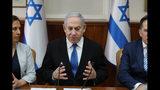El primer ministro israelí Benjamin Netanyahu participa en una reunión semanal de su gabinete en Jerusalén, Israel, el domingo 1 de diciembre del 2019. (Abir Sultan/Pool Foto vía AP)